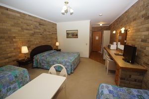 Family Room Magdala Stawell Motel Accommodation